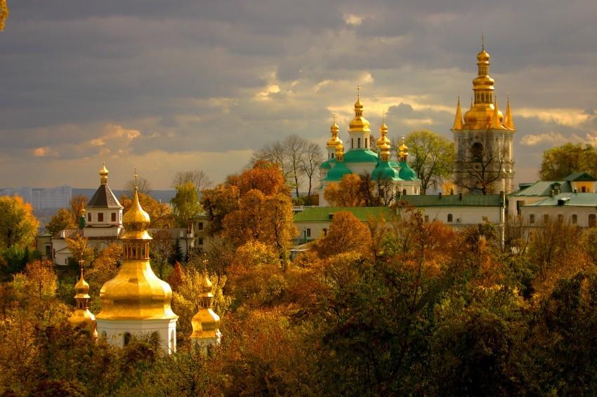 Monastery of the Caves - Pechersk Lavra - Autumn